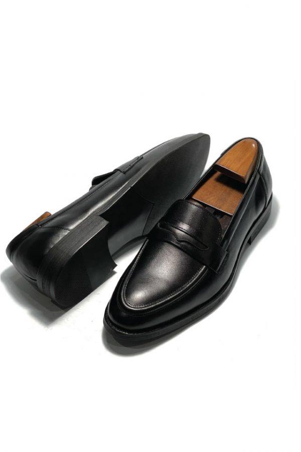 giay-da-nam-loafer-den